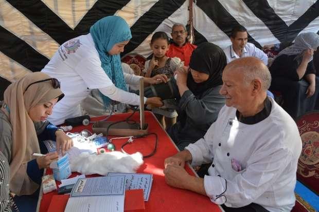 """انطلاق حملة """"الحد من انتشار الأمراض غير المعدية"""" بجامعة الفيوم"""