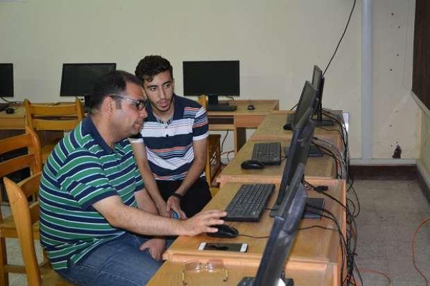 52 طالبا يسجلون رغباتهم بمعامل تنسيق جامعة الفيوم