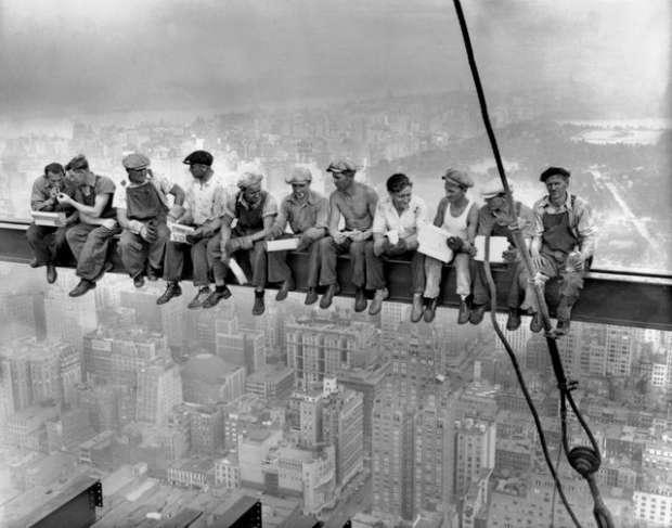 بالصور شاهد كيف عاش العالم في العقود الماضية 13873425321516362081