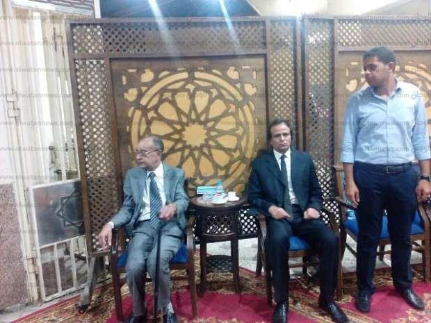 نجوم الفن ووزراء سابقين في عزاء المخرج أحمد وجيه السبعاوي