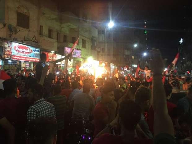 آلاف المواطنين يحتفلون بصعود المنتخب للمونديال في قنا