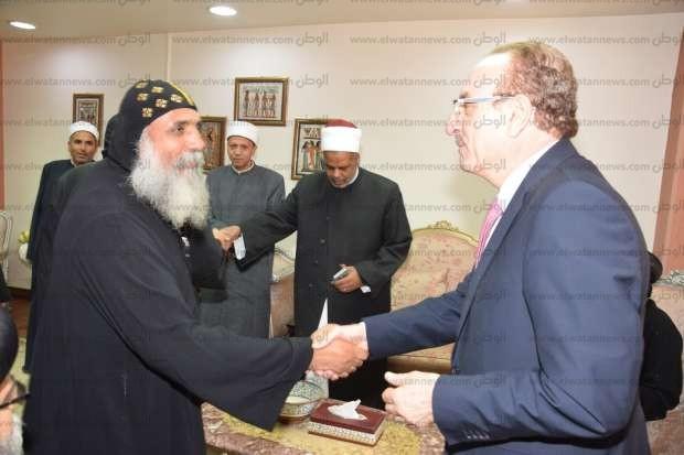 وفد كنسي يهنئ محافظ بني سويف وقيادات الأوقاف بمناسبة عيد الفطر