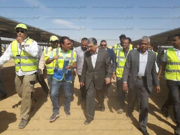 وزير الكهرباء: نسعى للاعتماد على مصادر الطاقة الجديدة والمتجددة