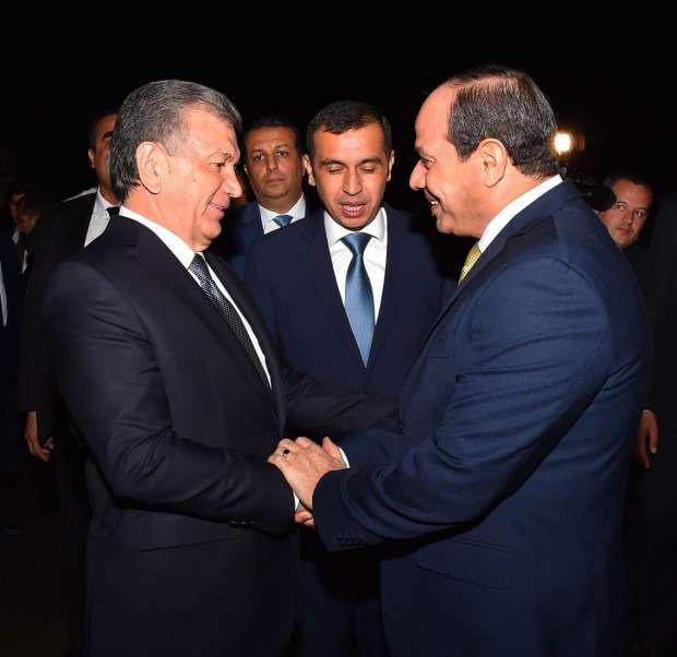 الصور الأولى لوصول السيسي إلى أوزبكستان