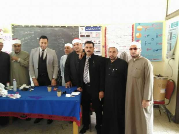 العاملون بأوقاف العاشر من رمضان يدلون بأصواتهم في الانتخابات الرئاسية