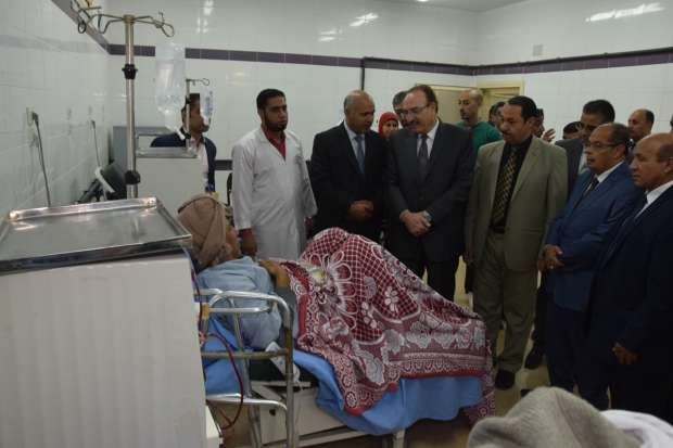 بالصور| محافظ بني سويف يفتتح أول وحدة غسيل كلوى متخصصة بمستشفى قروي
