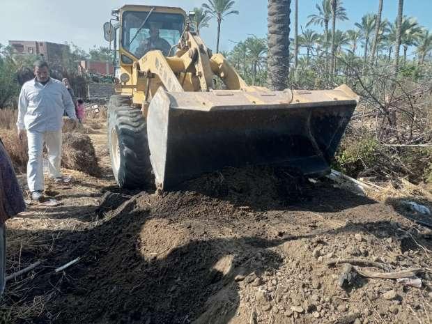 حملة لإزالة مكامير الفحم المخالفة بكفر البطيخ استجابة لشكاوى المواطنين