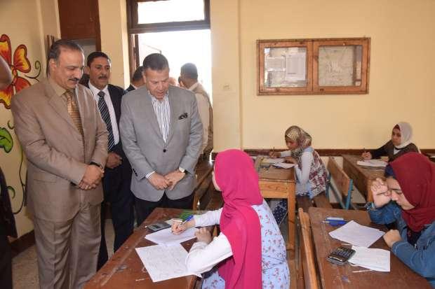 محافظ بني سويف يتفقدسير امتحانات الشهادة الإعدادية