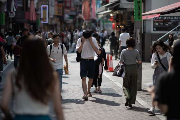 اليابان تنصهر.. ارتفاع الوفيات إلى 77 شخصا