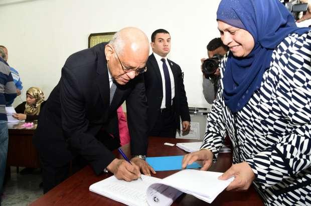 بالصور| علي عبد العال: نسير في الاتجاه الصحيح والدليل إقبال الناخبين