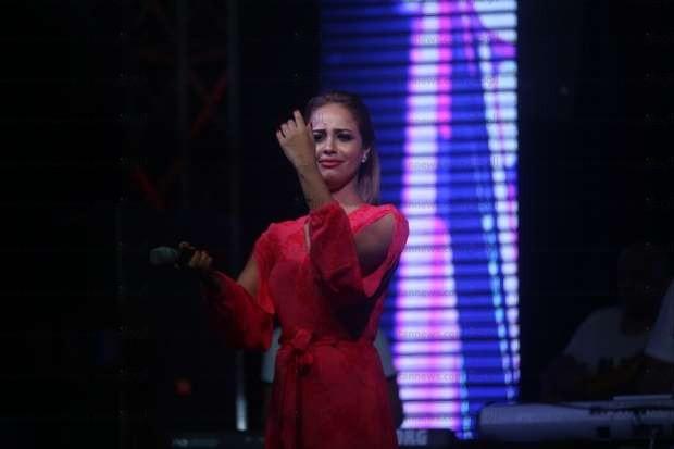 بالصور| رنا سماحة تشعل حماس الجمهور في حفلها بالساحل الشمالي