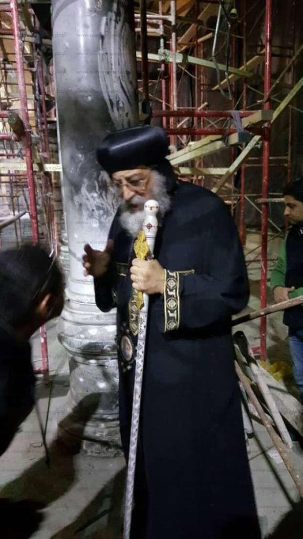 بالصور| البابا يزور الكنيسة البطرسية ويتفقد أعمال الترميم