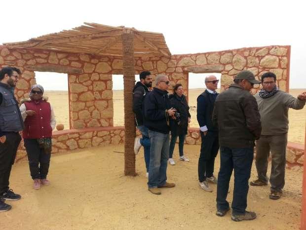 وفد التعاون الإيطالي يزور متحف الحفريات المفتوح بالفيوم