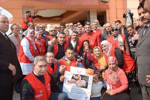 مسيرة دعائية للإعلان عن انطلاق حملة تطعيم ضد شلل الأطفال بالشرقية