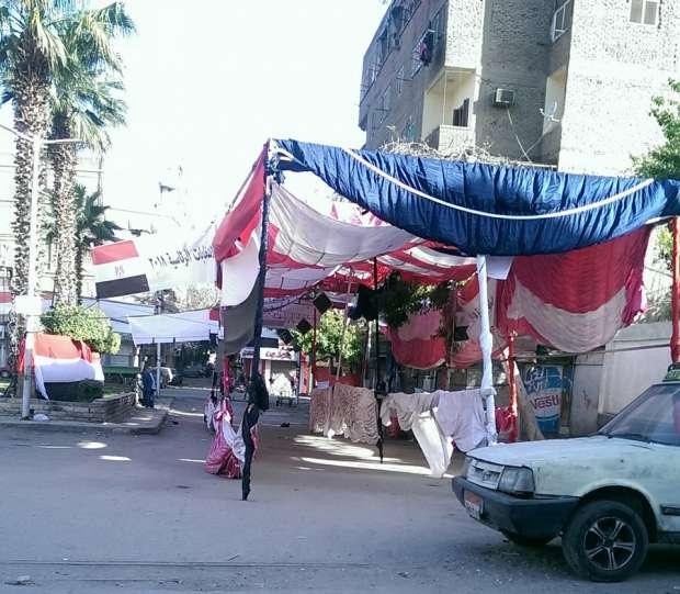 بالصور| مظلات واستراحات في انتظار الناخبين بالسيدة زينب
