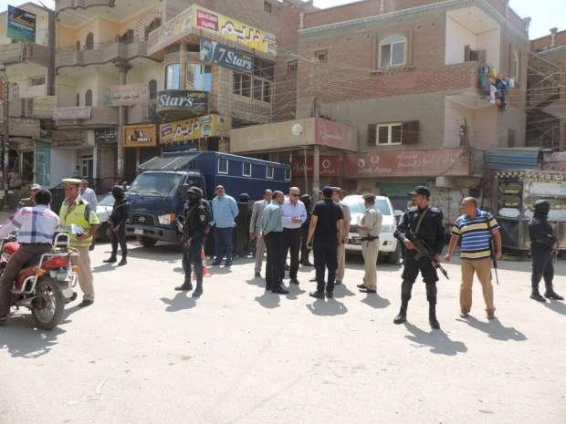 مدير أمن الفيوم يشدد على أفراد التمركزات الأمنية باليقظة التامة