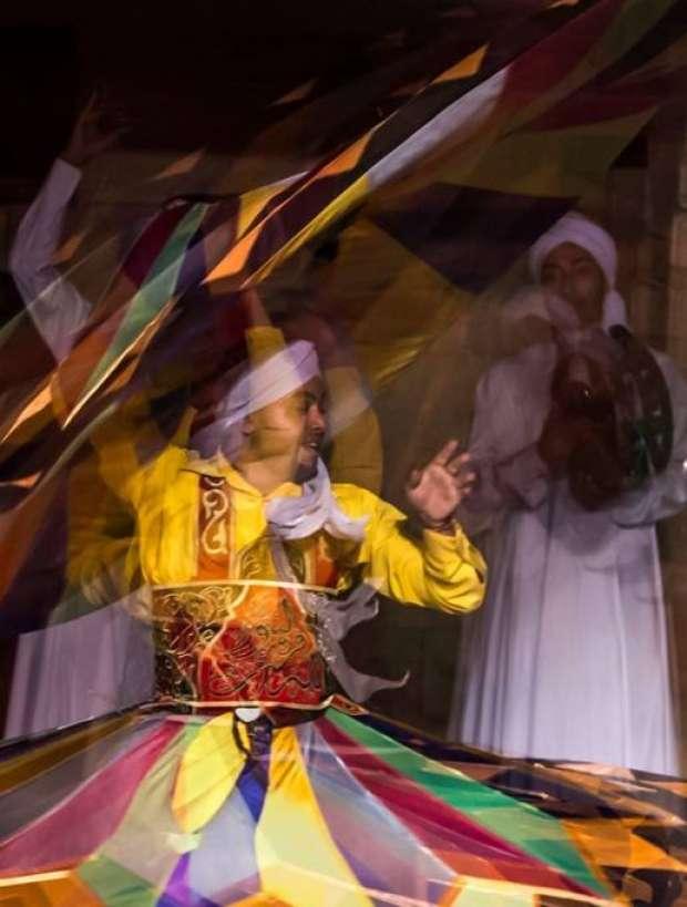 اﻷمسيات الرمضانية.. رقص التنورة في وكالة الغوري