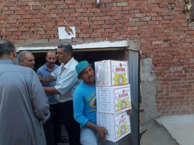 ضبط أغذية فاسدة داخل مصنعين بالعاشر من رمضان