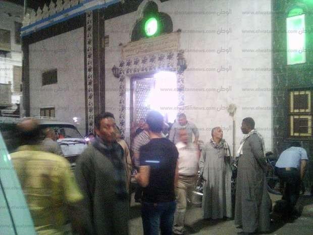 بالصور  تشييع جثمان الشاعر عبد الناصر علام بقنا