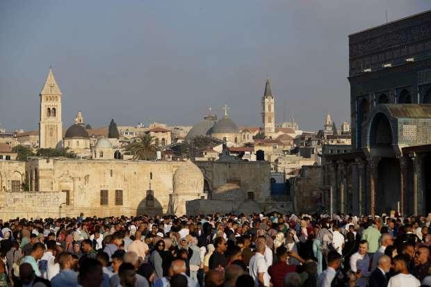 """""""الله أكبر"""".. تكبيرات فرحة العيد أطفأت نيران الأقصى قبل 49 سنة"""