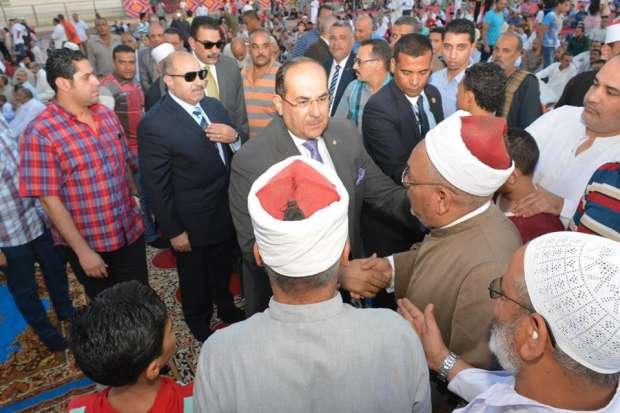 بالصور| محافظ سوهاج والقيادات الأمنية يؤدون صلاة عيد الأضحى المبارك