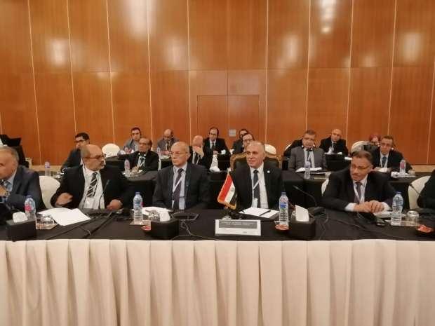 أخبار ماتفوتكش.. مستجدات مفاوضات سد النهضة وتراجع الدولار وارتفاع النفط