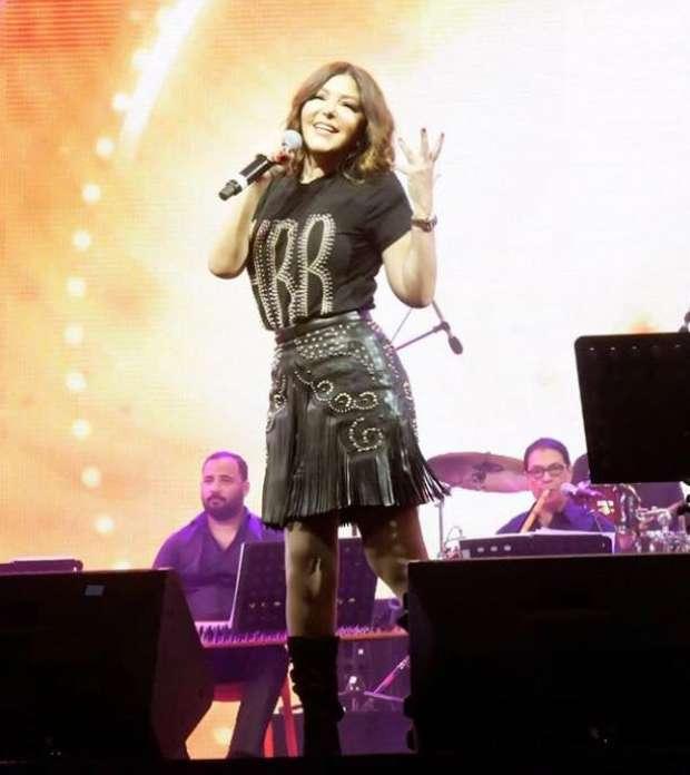 بالصور| سميرة سعيد بعد حفلها في دبي: أحد أفضل الليالي