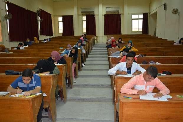 """""""التربية النوعية"""" بالفيوم تواصل إجراء اختبار القدرات للطلاب المتقدمين"""