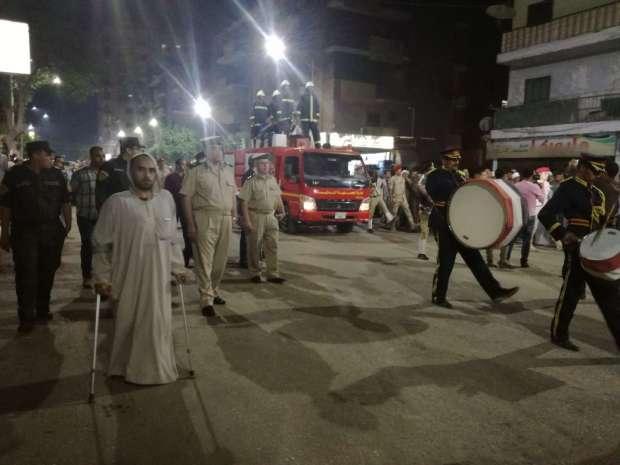 """أهالي سوهاج يشيعون الشهيد المجند """"حسن زين العابدين"""" في جنازة عسكرية"""