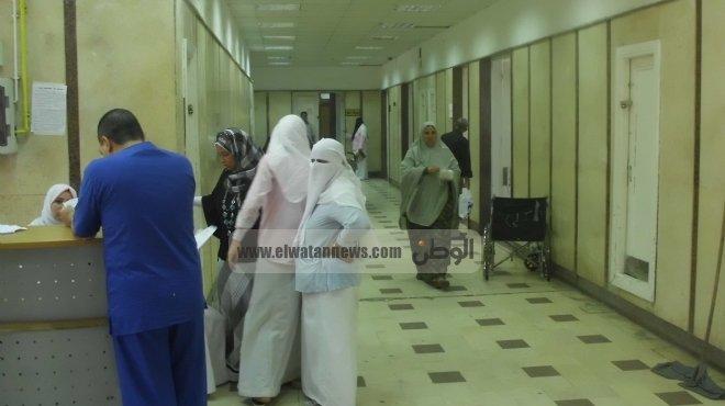 أهالي طفل قتله والده يهاجمون مستشفى بورسعيد العام بعد رفض تشريح الجثة