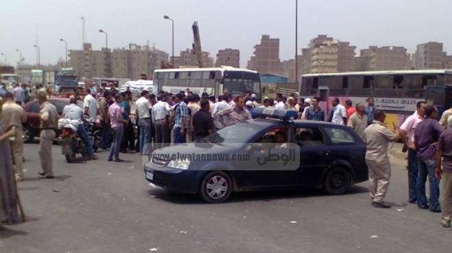 أهالى مطروح يقطعون الطريق الساحلى احتجاجاً على «أزمة المياه»