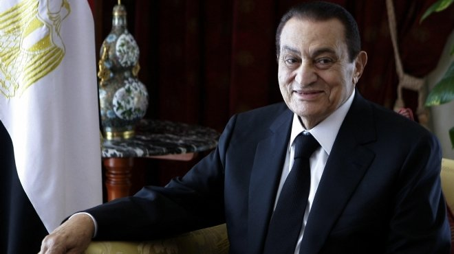 «الديب»: «مبارك» قال لى «لا تقاضِ أى صحفى وحرِّك دعوى ضد الطبيب مسرب التسجيلات»