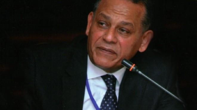السادات: مصر في حرب مع الإرهاب.. وعلينا مساندة السيسي في هذه المرحلة