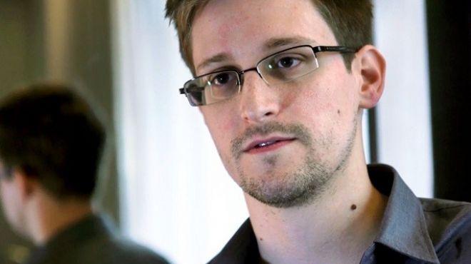مدير وكالة الامن القومي الأمريكي يرفض فكرة العفو عن ادوارد سنودن