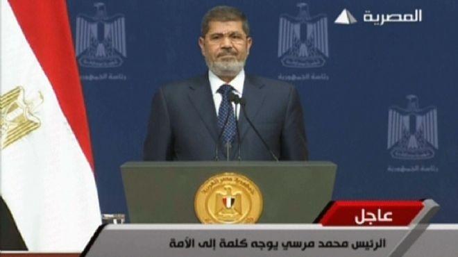 فانتازيا خطاب الرئيس: 13 علماً لمصر.. ووزير «بينط» على العربيات