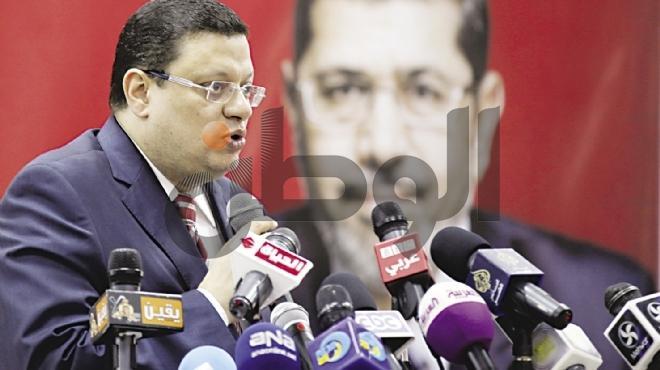 بلاغ يتهم المتحدث باسم رئاسة الجمهورية بتعذيب المواطنين في أثناء الثورة