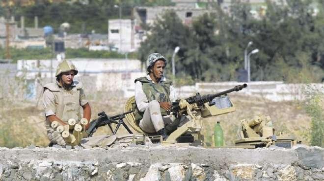 الفرحة تغمر أهالى شهداء رفح بالشرقية والمنيا لإعلان قصف الجيش معاقل منفذى المذبحة