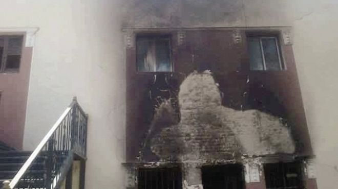 ضبط شقيقين متهمين بإحراق مركز شرطة سمالوط في الموسكي
