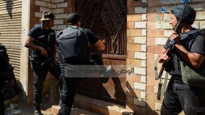 ضبط خفير نظامي متهم باقتحام مركز شرطة سمالوط في المنيا
