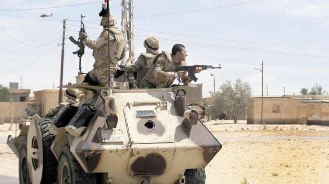 ضبط 8 عناصر وحرق 17 عشة و3 منازل خلال الحملة الأمنية بشمال سيناء