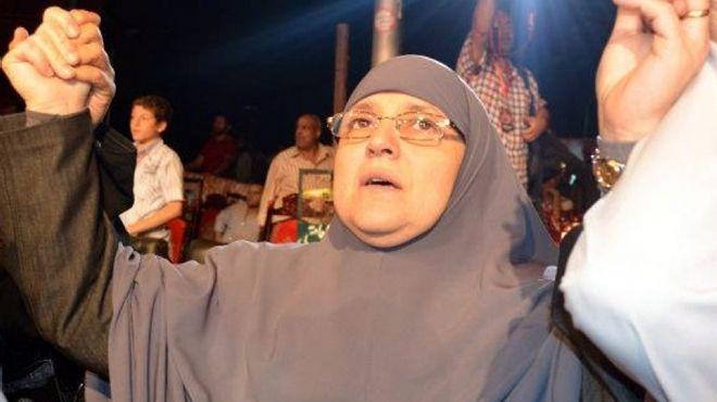 أول ظهور «اجتماعى» لقرينة الرئيس فى مشروع «النهضة» برعاية زوجة «الشاطر»