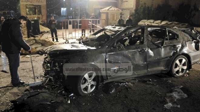 عاجل  مجهولون يضرمون النيران في سيارة ضابط شرطة أمام منزله في المحلة الكبري