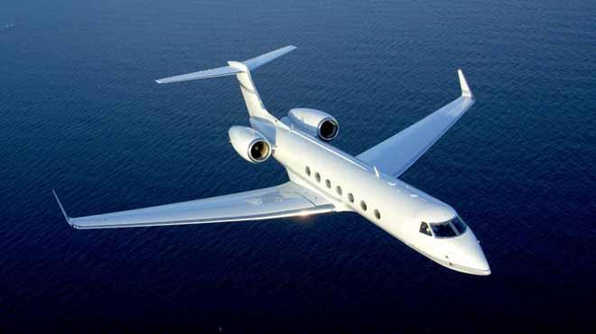 منافسة بين إيرباص وبوينج للسيطرة على سوق الطائرات التجارية للرحلات الطويلة في معرض لو بورجييه