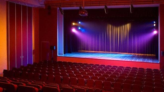 فرع ثقافة الإسكندرية يشارك بالدورة السابعة للمهرجان القومي للمسرح المصرى