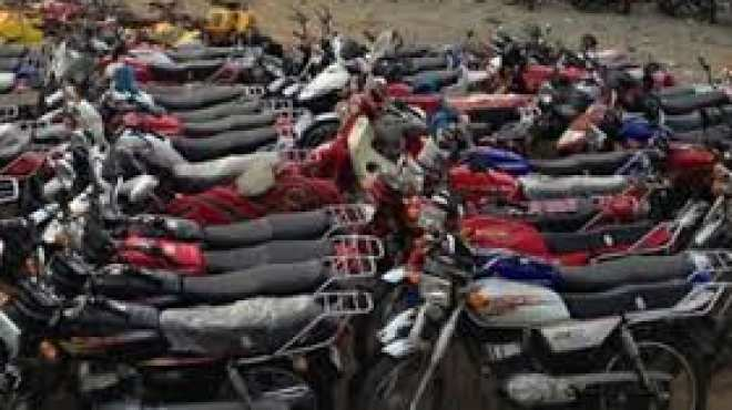 الدراجة البخارية.. مسعفة المصابين بالمظاهرات ووسيلة الإرهابيين في الاغتيالات