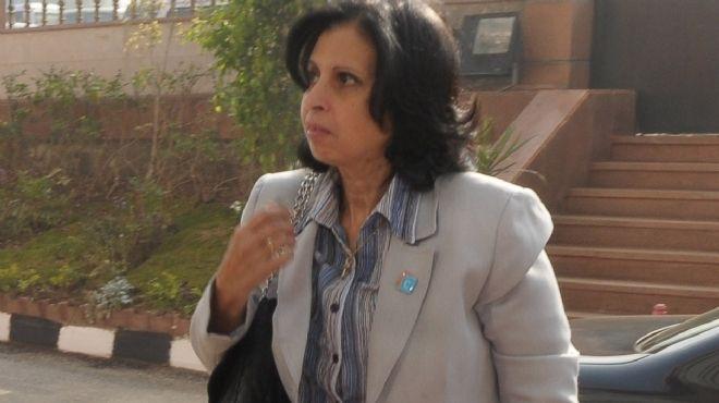 وزيرة البحث العلمي تعرض عناصر مبادرة تطبيق المخرجات في مجال الطاقة الجديدة والمتجددة