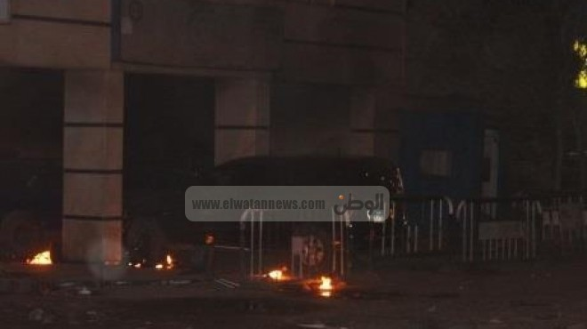 عاجل| مصدر أمني: سقوط مصابين جراء الهجوم على مديرية أمن شمال سيناء