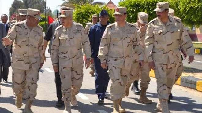 وزير الدفاع يشهد المرحلة الرئيسية للمشروع التكتيكي