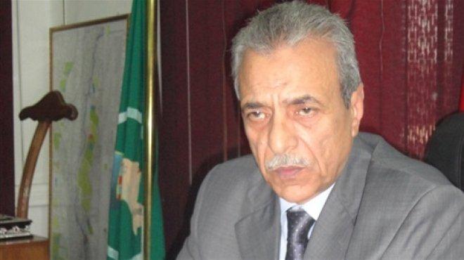محافظ المنيا يقرر إعفاء غير القادرين من المصروفات المدرسية