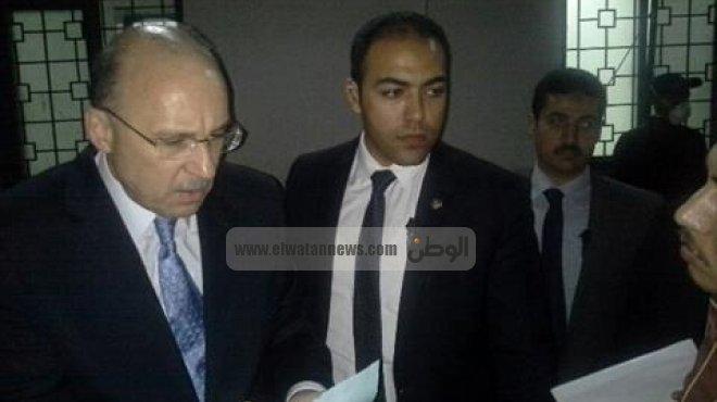 وزير الصحة يتابع إجراءات سحب المياه من مستشفى بولاق العام